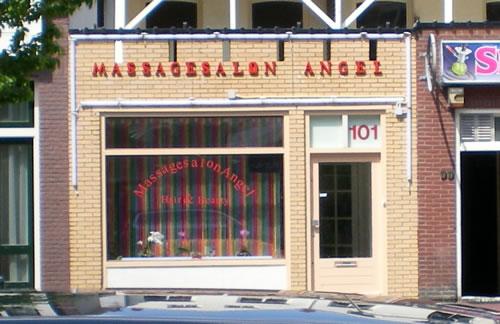 plaats massage ballen zuigen in Montfoort
